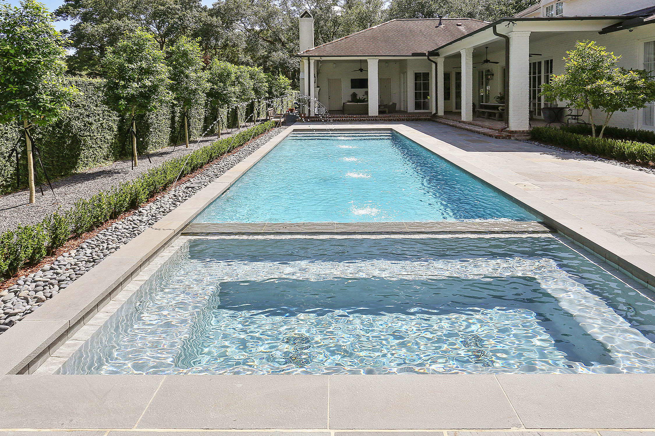 Jacuzzi In The Pool Southern Pool With Flush Spa Bluestone Decking Baton Rouge