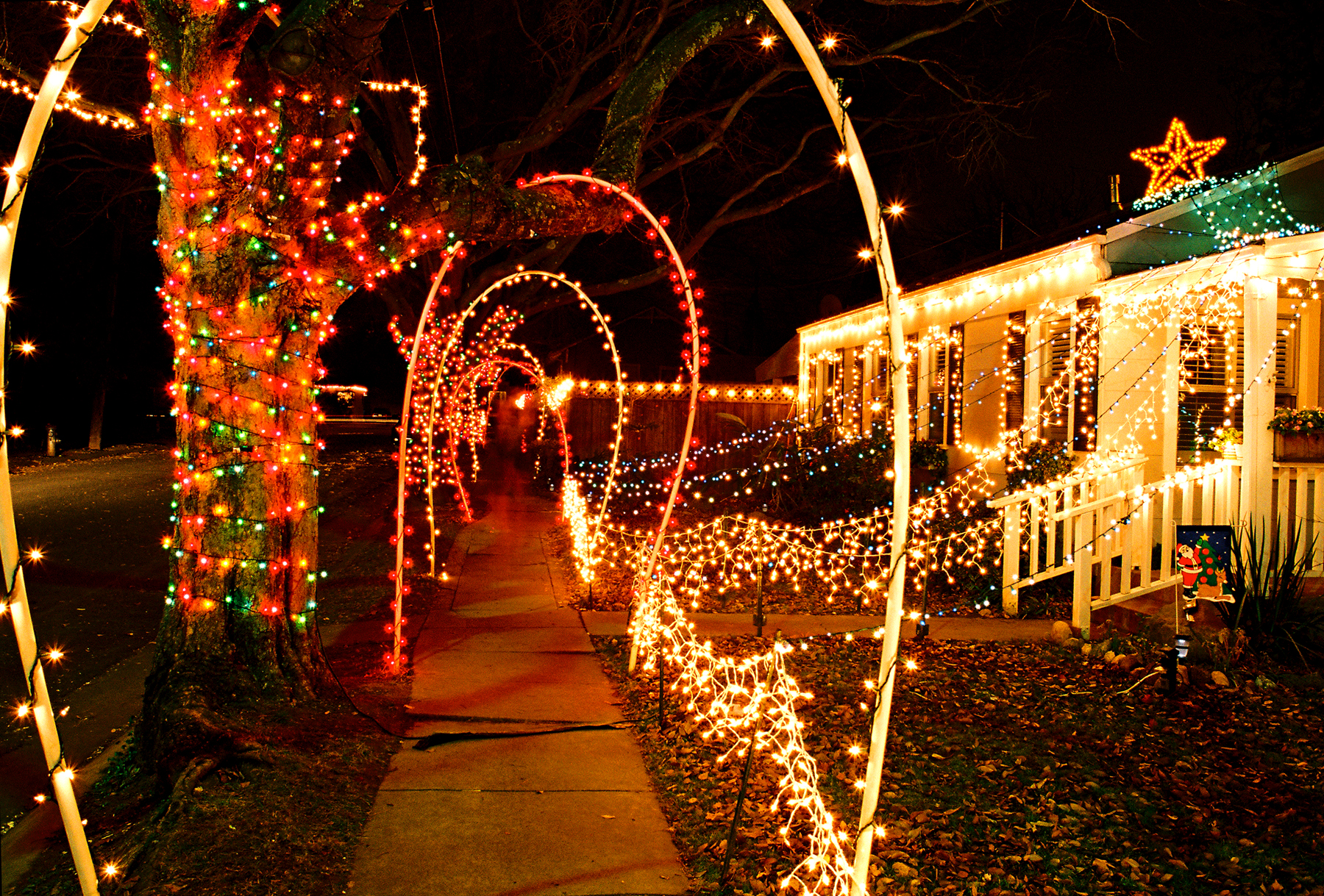 Best Christmas Lights Displays In Los Angeles For 2019 - Party City Xmas Decor