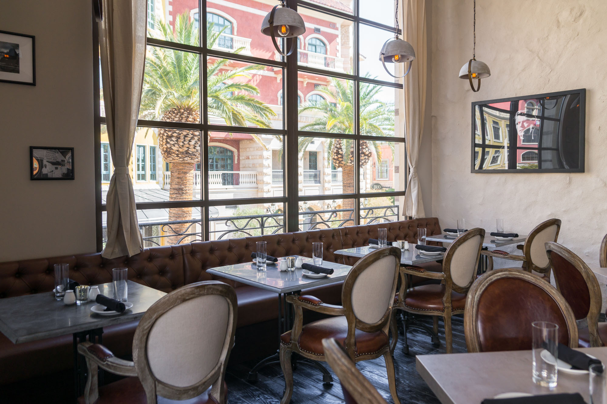 Brio Tivoli Village Happy Hour Menu A First Look Inside Hamptons Eater Vegas