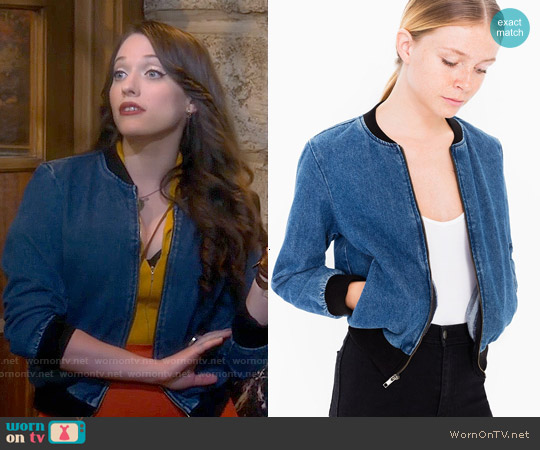 Wornontv Maxs Denim Bomber Jacket On 2 Broke Girls Kat