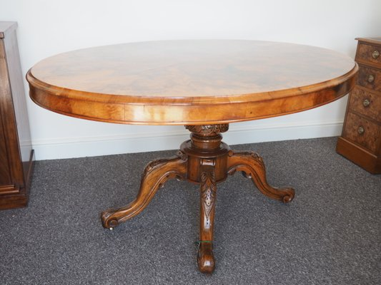 Table de Salle à Manger Ovale Victorienne en Broussin de Noyer en