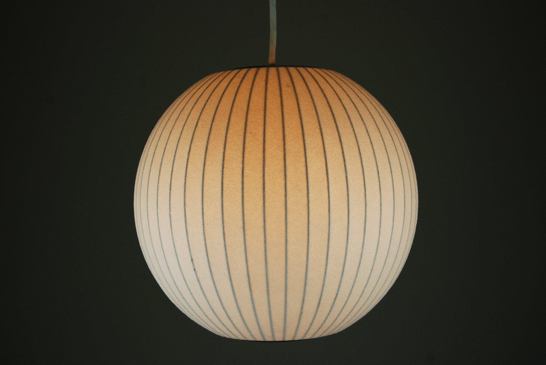 Lampe Ball Ball Lamp By George Nelson For Modernica