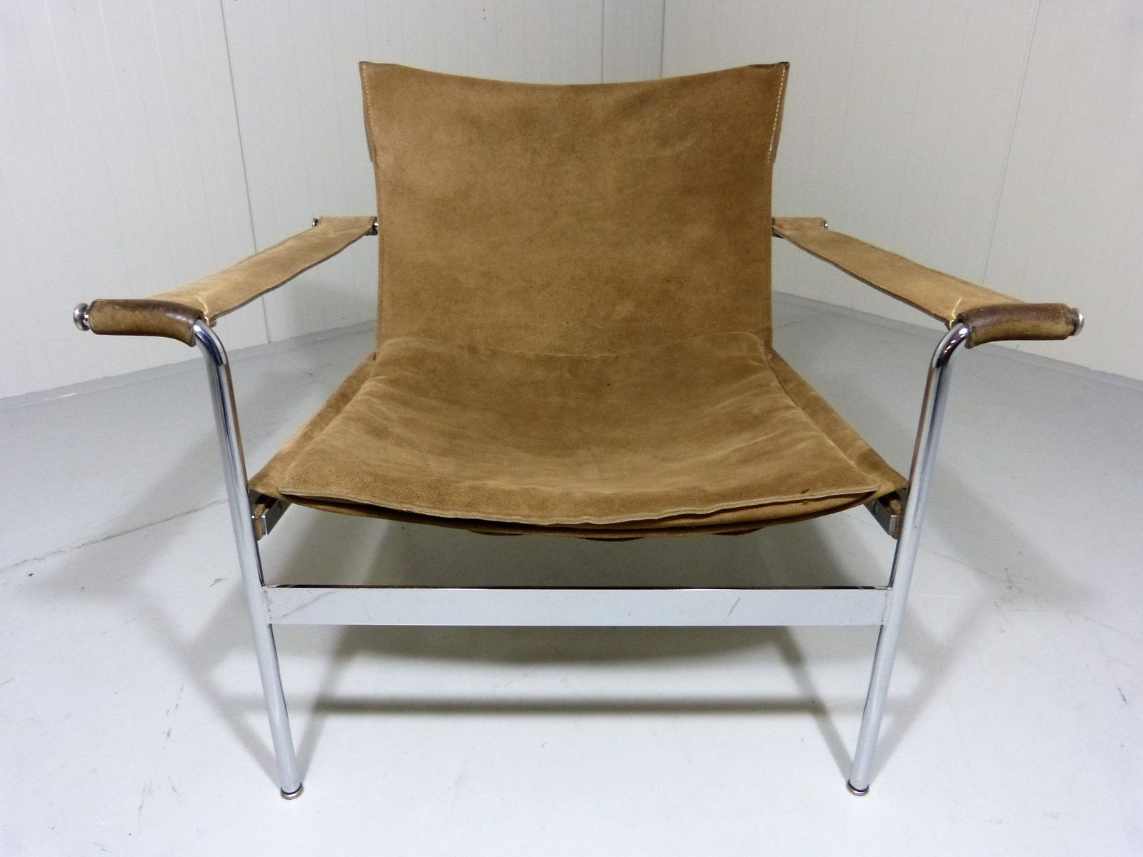 German D99 Brown Suede Leather Lounge Chair By Hans