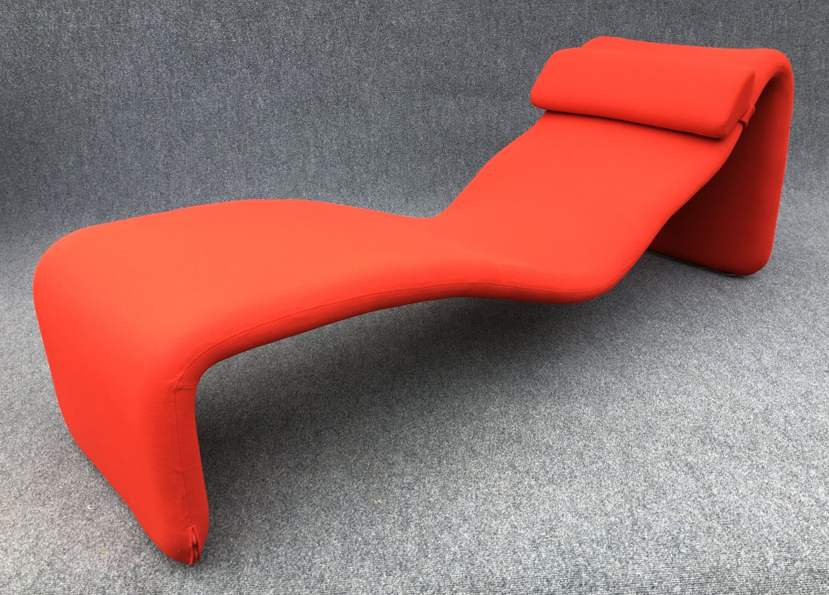 Chaise Longue Rossa Chaise Longue Djiinn Rossa Di Olivier Mourgue Per Airborne