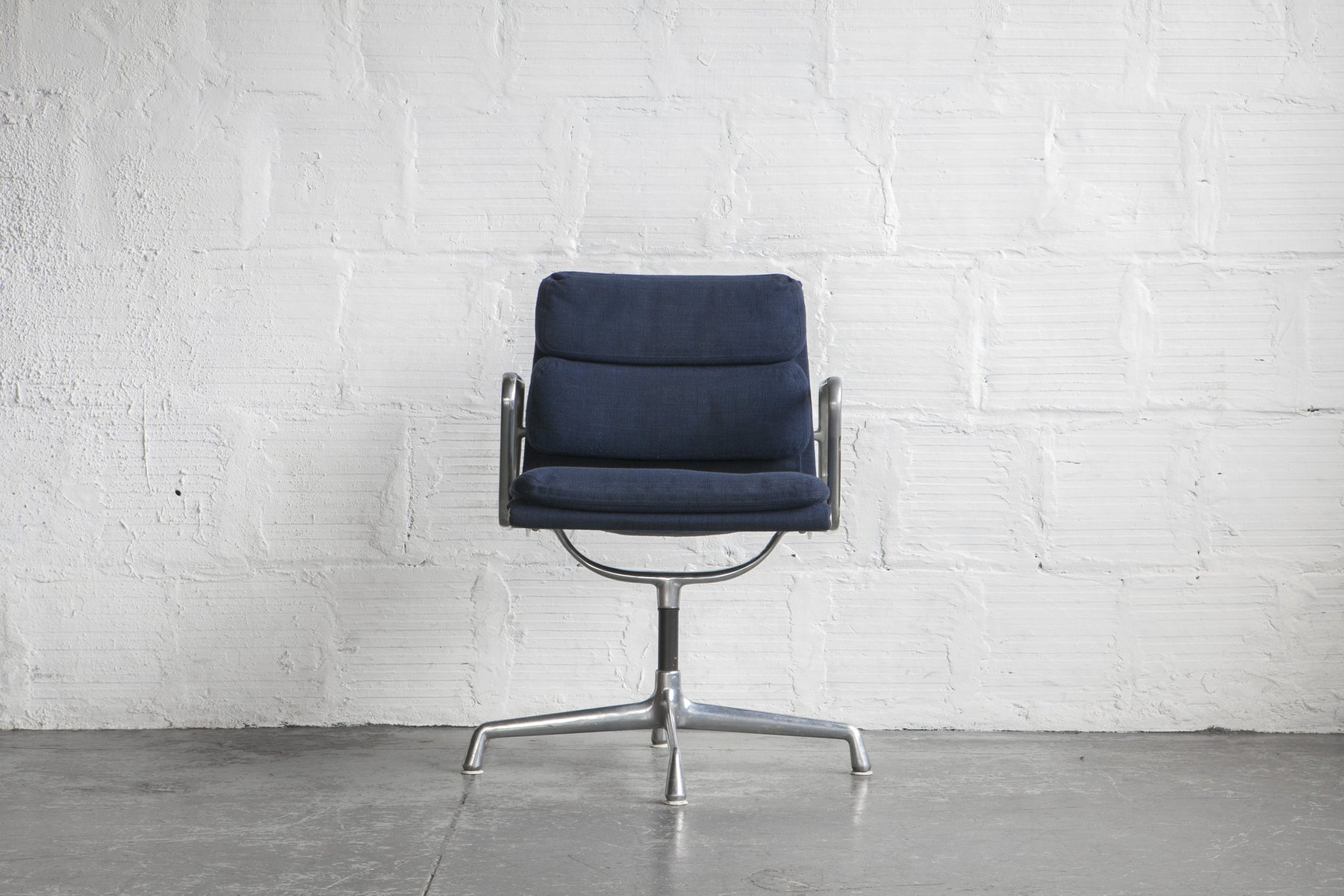 Management Sessel Vitra Eames Soft Pad Ea 222 Lounge Sessel Drehbar