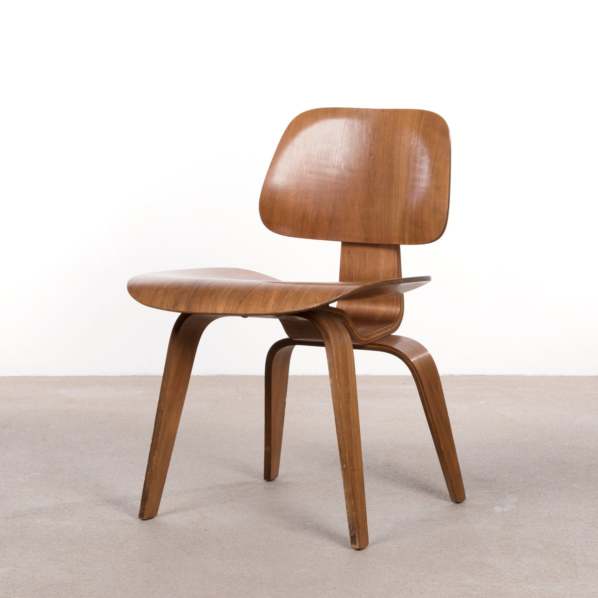 Eames Plywood Chair Dcw Walnut Plywood Dining Chair By Charles Ray Eames For Herman Miller 1952