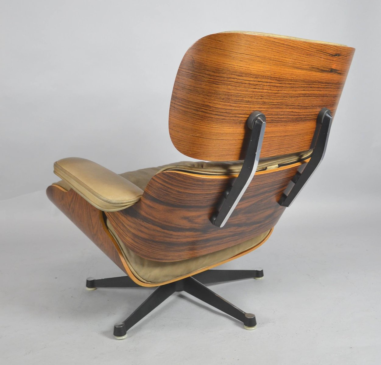 Sessel Charles Eames Mid Century Sessel Von Charles And Ray Eames Für Fehlbaum