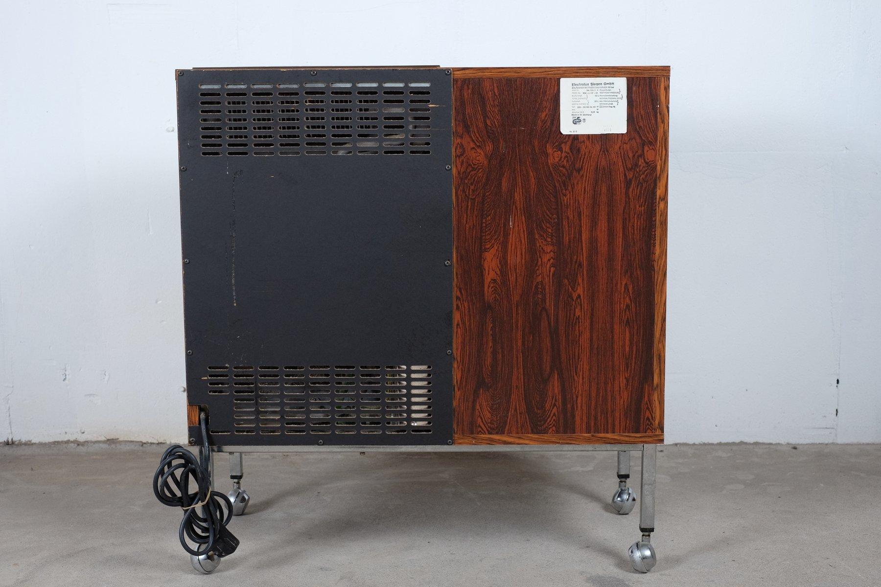 Credenza Con Frigo : Frigorifero stile vintage smeg bompani e gorenje i frigoriferi