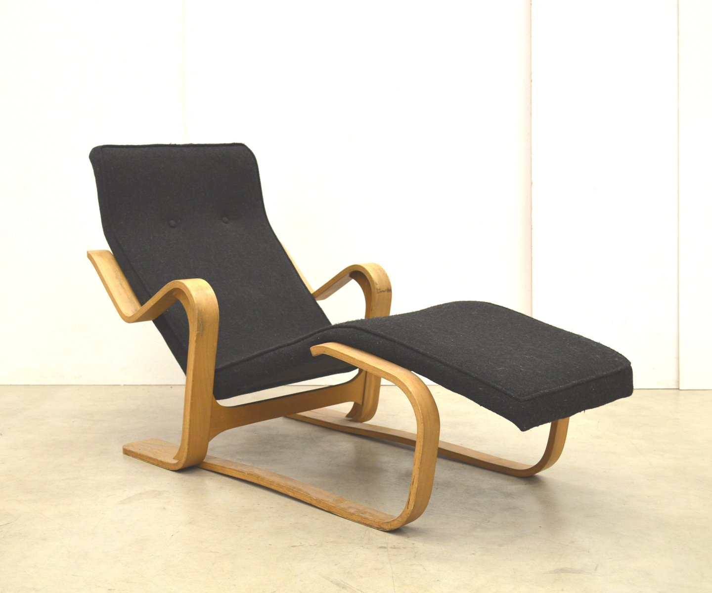 Chaise Longue Suisse Birch Chaise Longue By Marcel Breuer For Isokon 1950s For