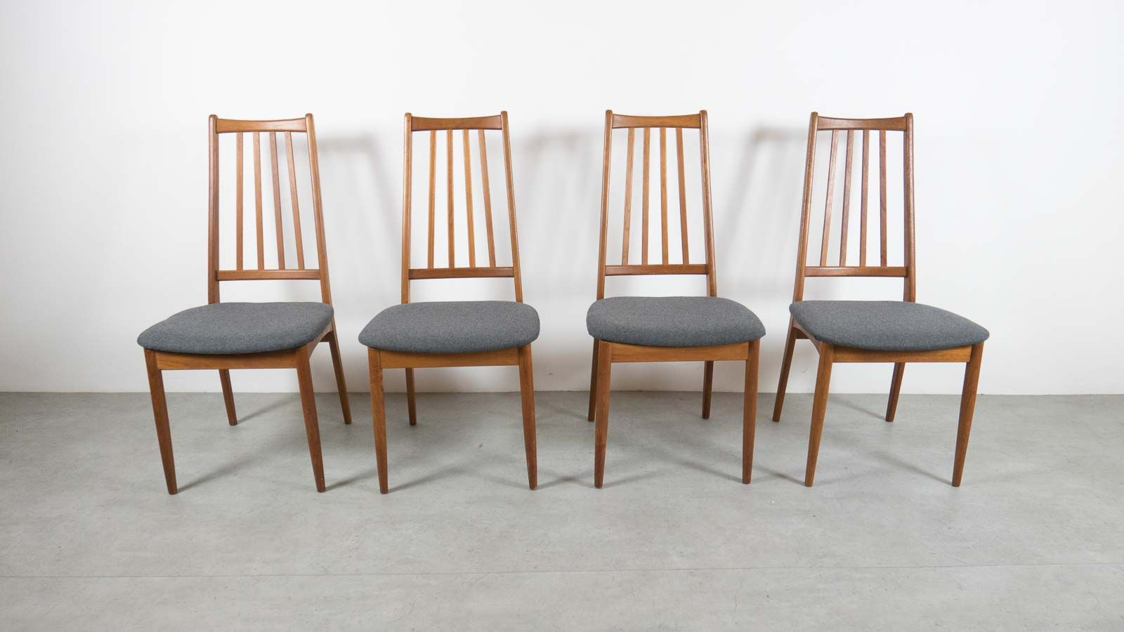Danish Furniture St Louis Vintage Danish High Back Dining Chairs Set Of 8 For Sale