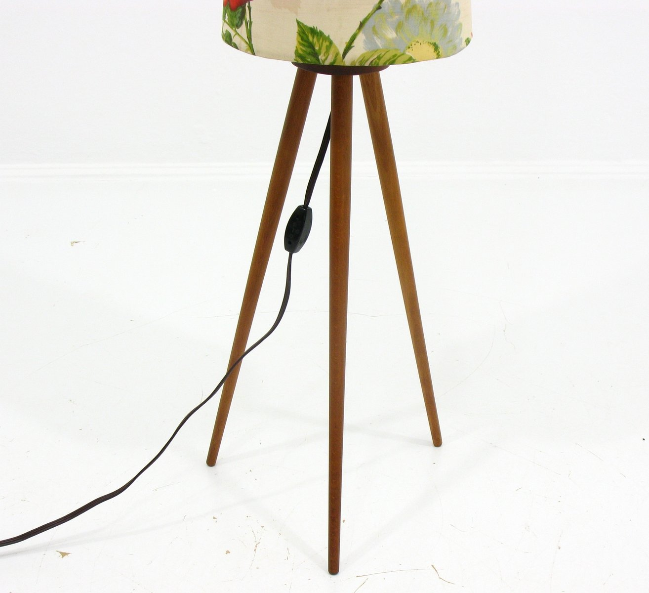 Tripod Floor Lamps Sale Vintage Tripod Floor Lamp 1970s For Sale At Pamono