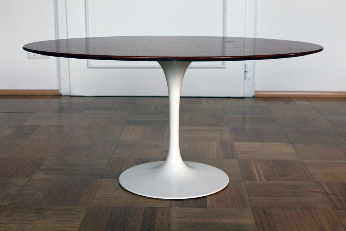 Saarinen Knoll Table Tulip Coffee Table By Eero Saarinen For Knoll 1957