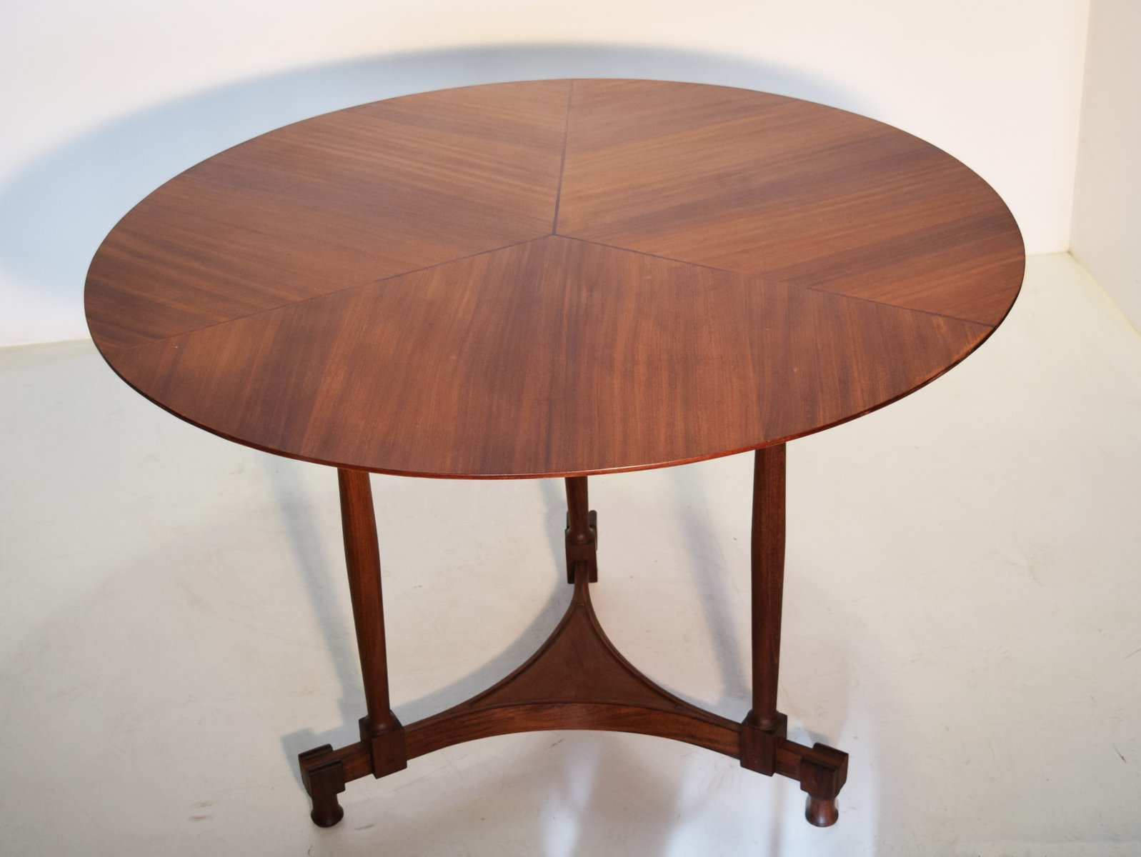 Table En Teck Ronde Table En Teck Ronde Italie 1950s