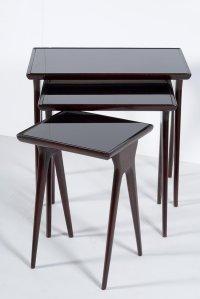 Mid-Century Italian Nesting Tables for sale at Pamono