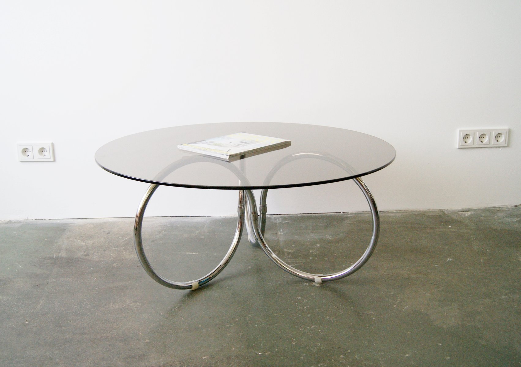 Table Basse Ronde En Verre Design Table Basse Ronde En Verre Chrome 1970s