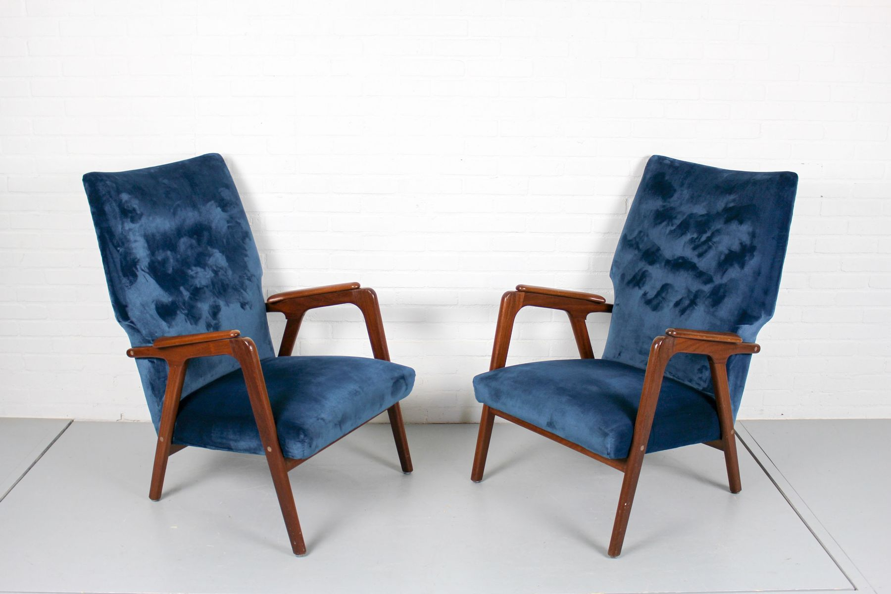 Vintage Danish Wingback Lounge Chairs Set Of 2 Cafe