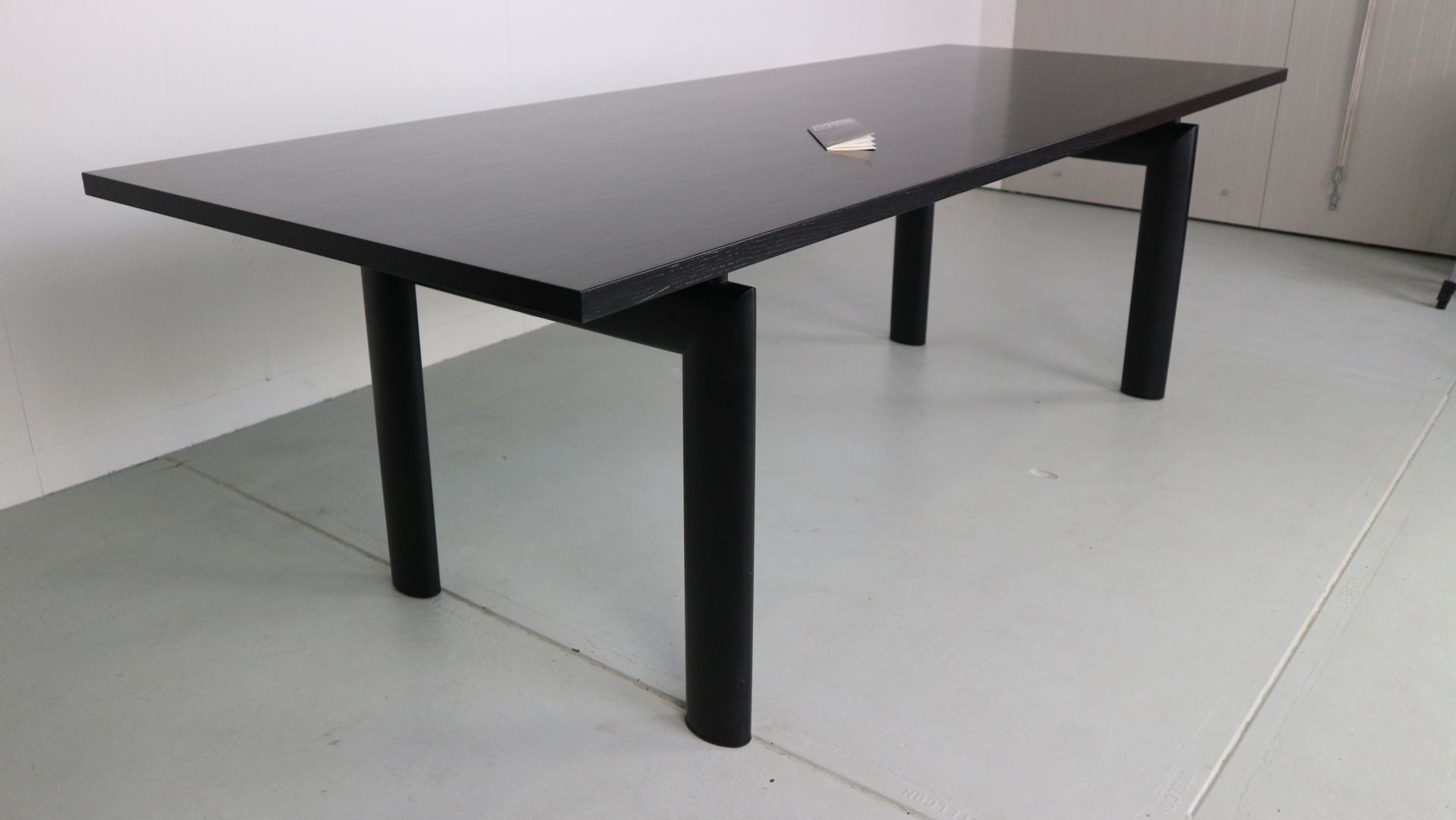 Glastisch Corbusier Lc6 Dining Table By Le Corbusier For Cassina 1974