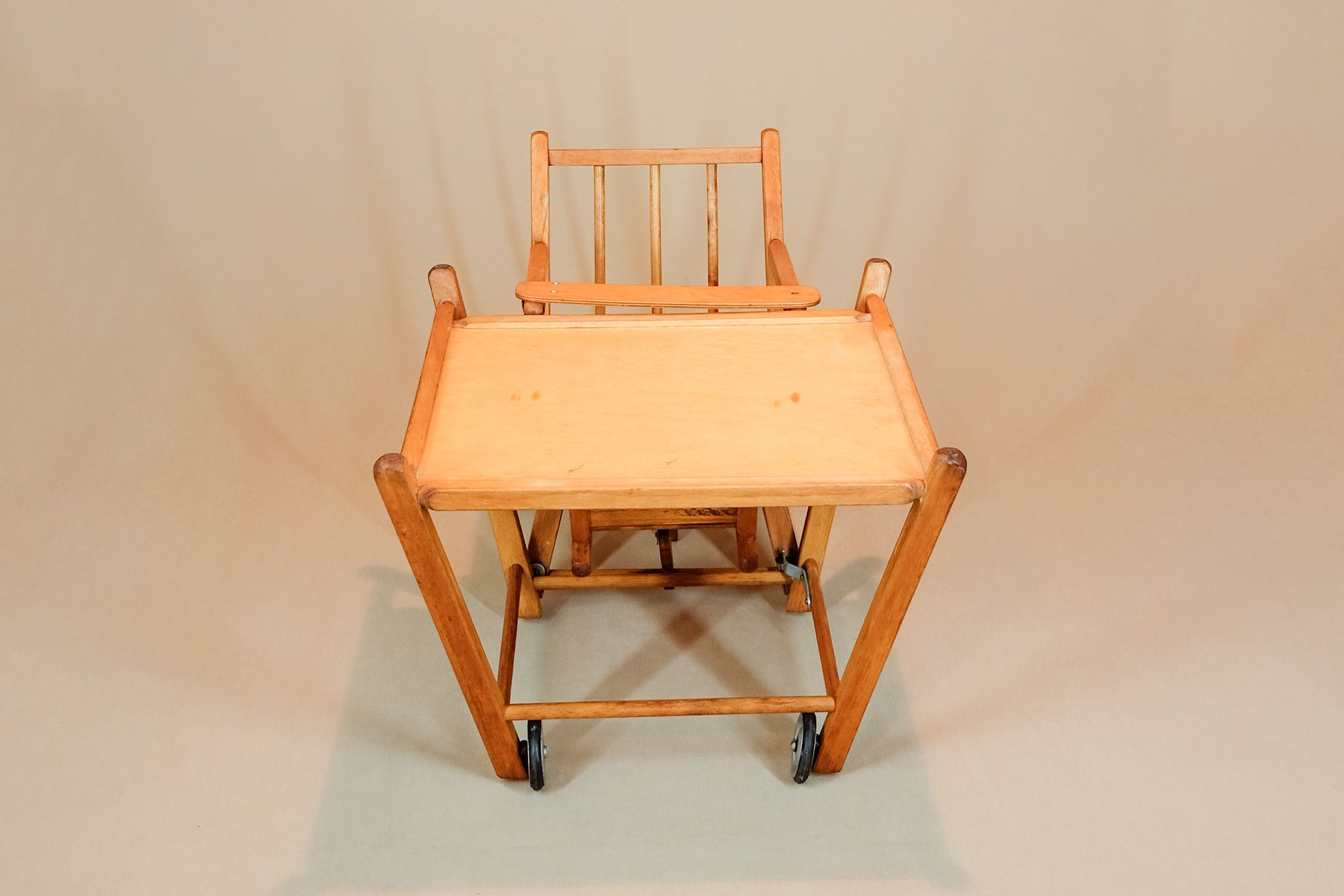 Hochstuhl Mit Plastiktisch ~ Kinderhochstuhl mit tisch tissi hochstuhl natur jetzt zum