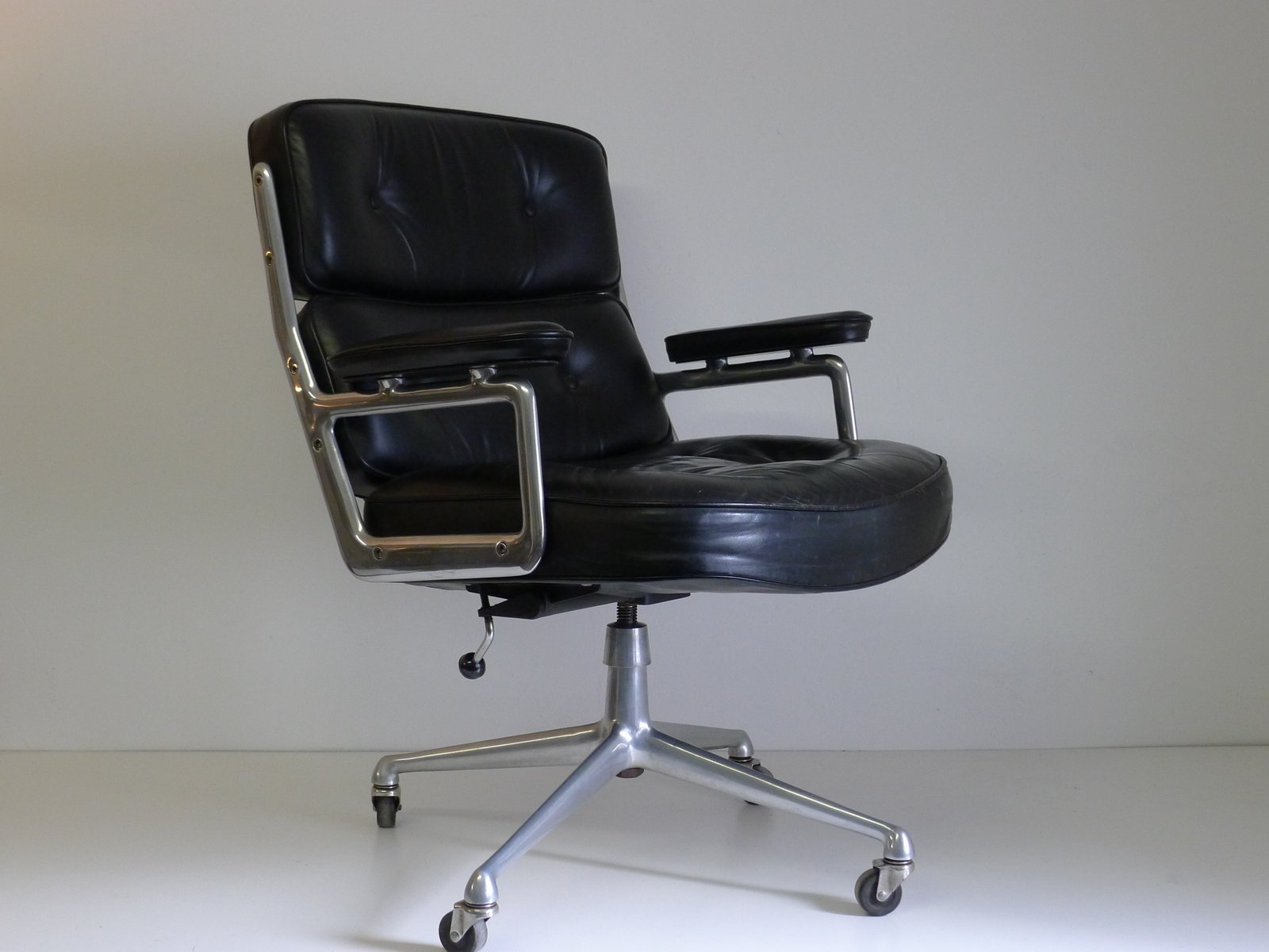 Herman Miller Sessel Es104 Time Life Lobby Sessel Von Ray And Charles Eames Für