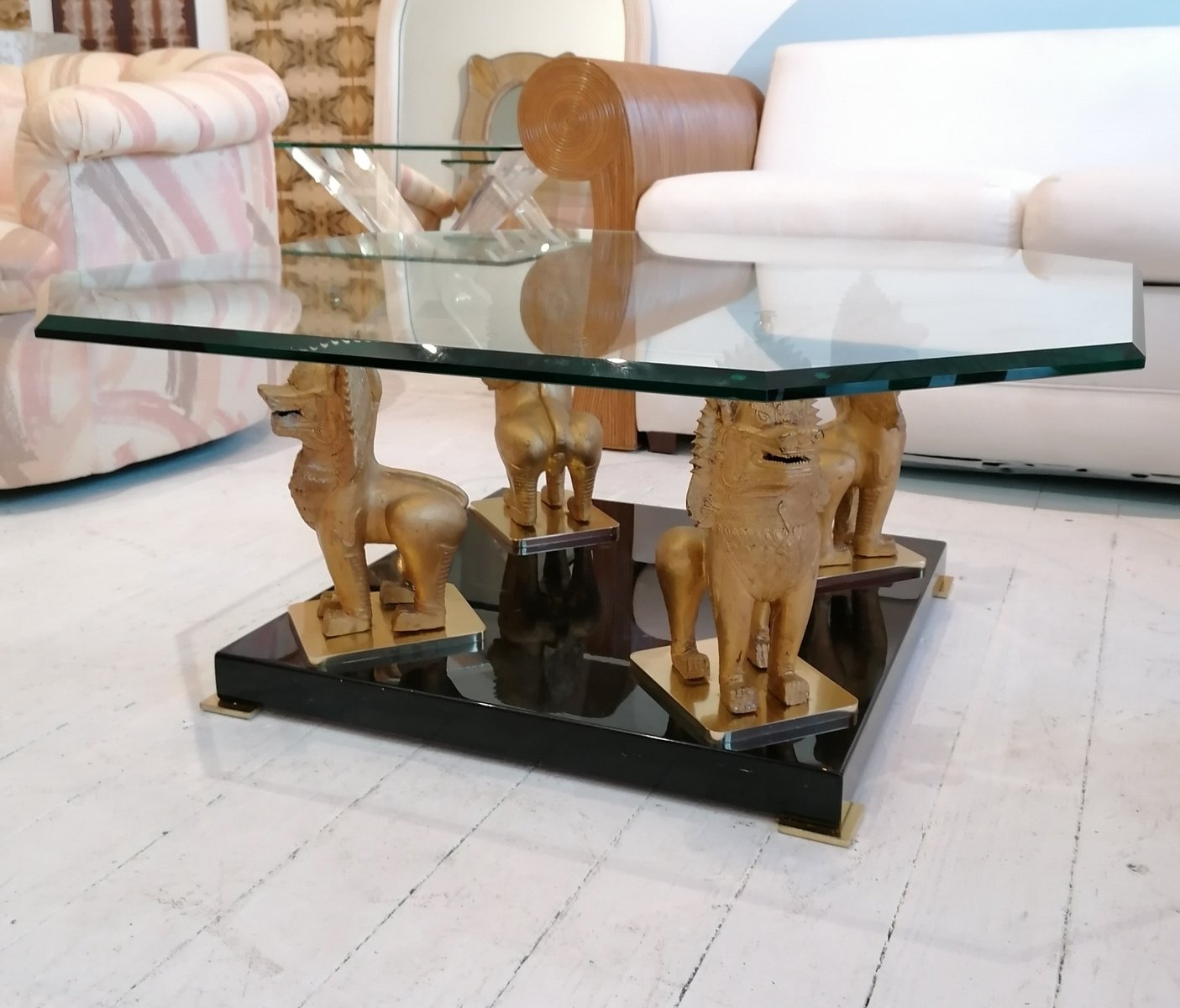 Hollywood Regency Messing Lack Glas Foo Couchtisch 1970er Bei Pamono Kaufen