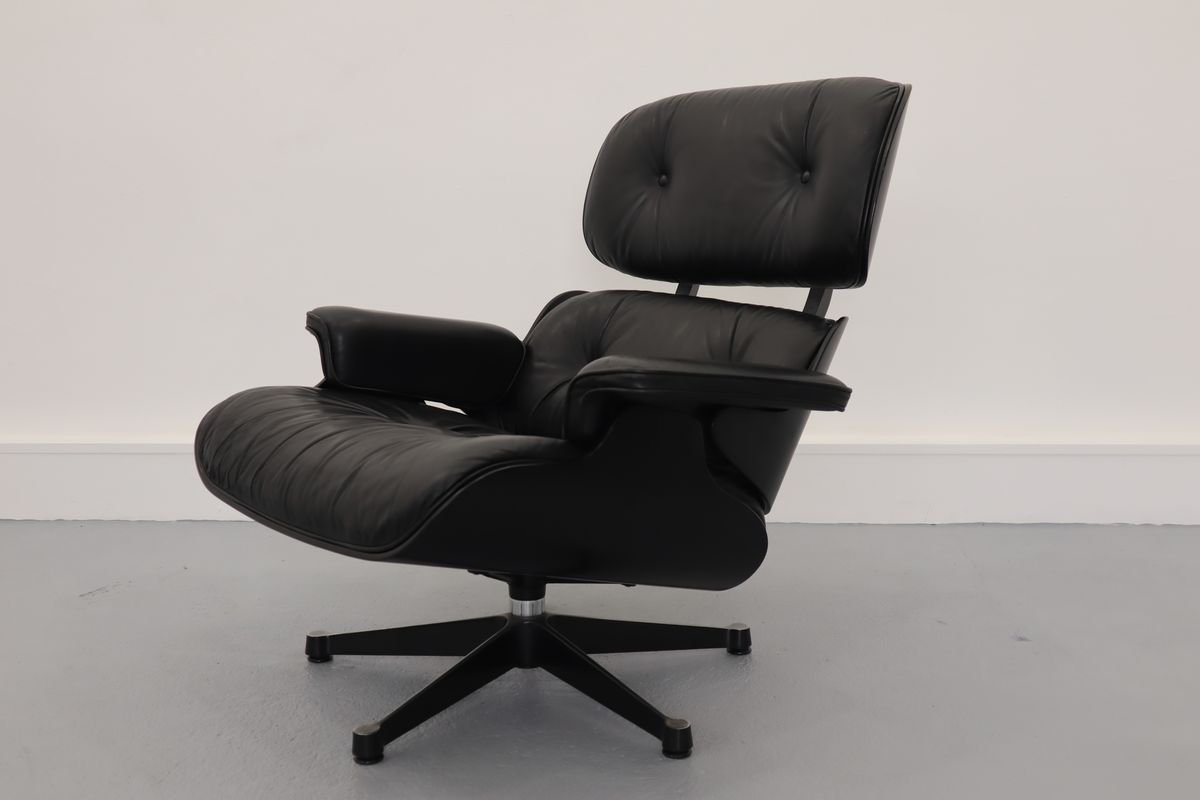 Charles Eames Lounge Chair Lounge Chair By Charles & Ray Eames For Vitra, 1980s For Sale At Pamono