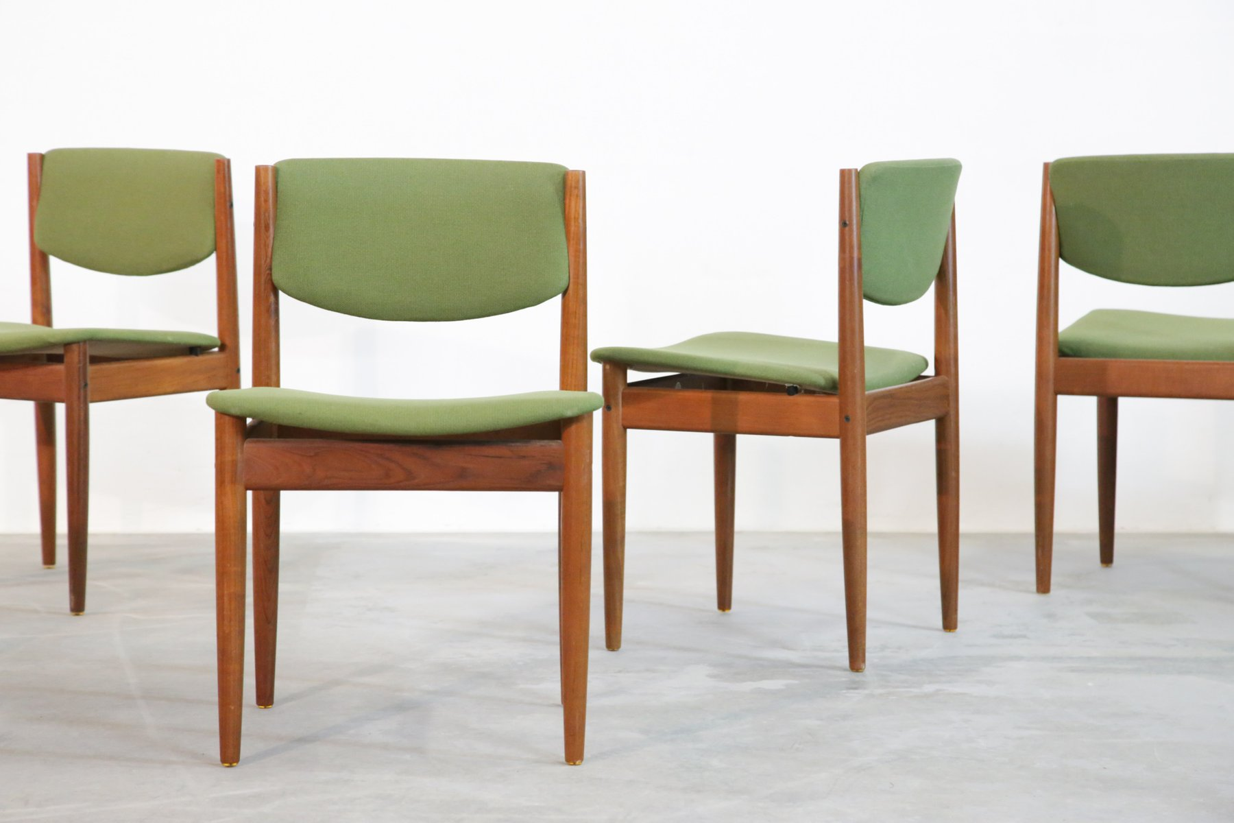 Danish Chairs Danish Dining Chairs By Finn Juhl For France And Søn 1960s