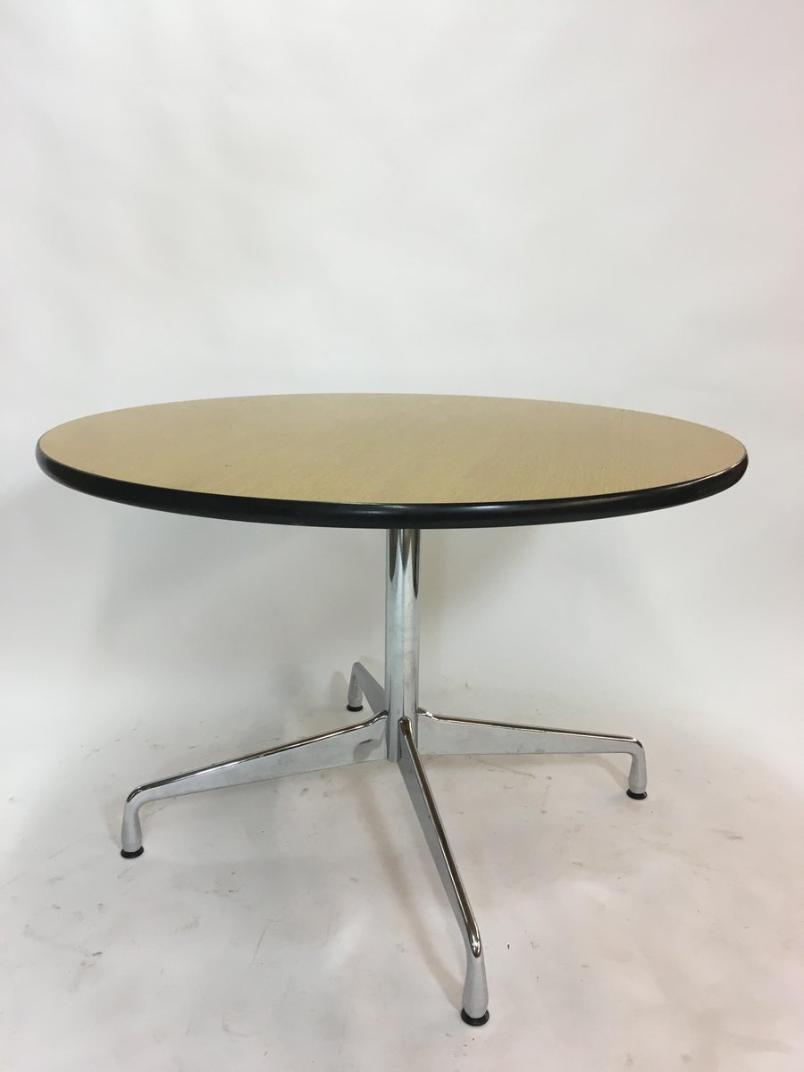Tisch Eames Vintage Circular Dining Table By Charles Ray Eames For Vitra