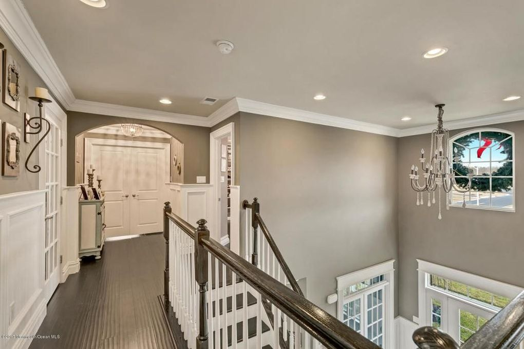 Wow House: A Walk-In Closet To Beat All Closets, A Movie Theater
