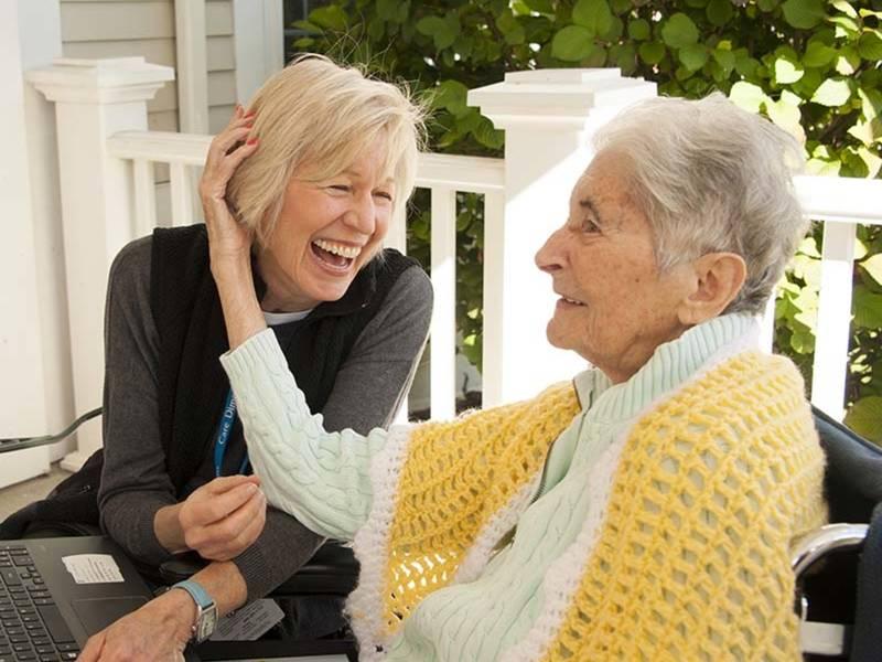 Hospice Volunteer Training offered in Burlington; Begins Feb 27
