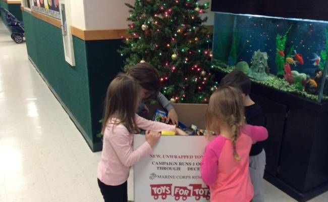 Lawrence Wireless Zone Collecting Toys For Tots