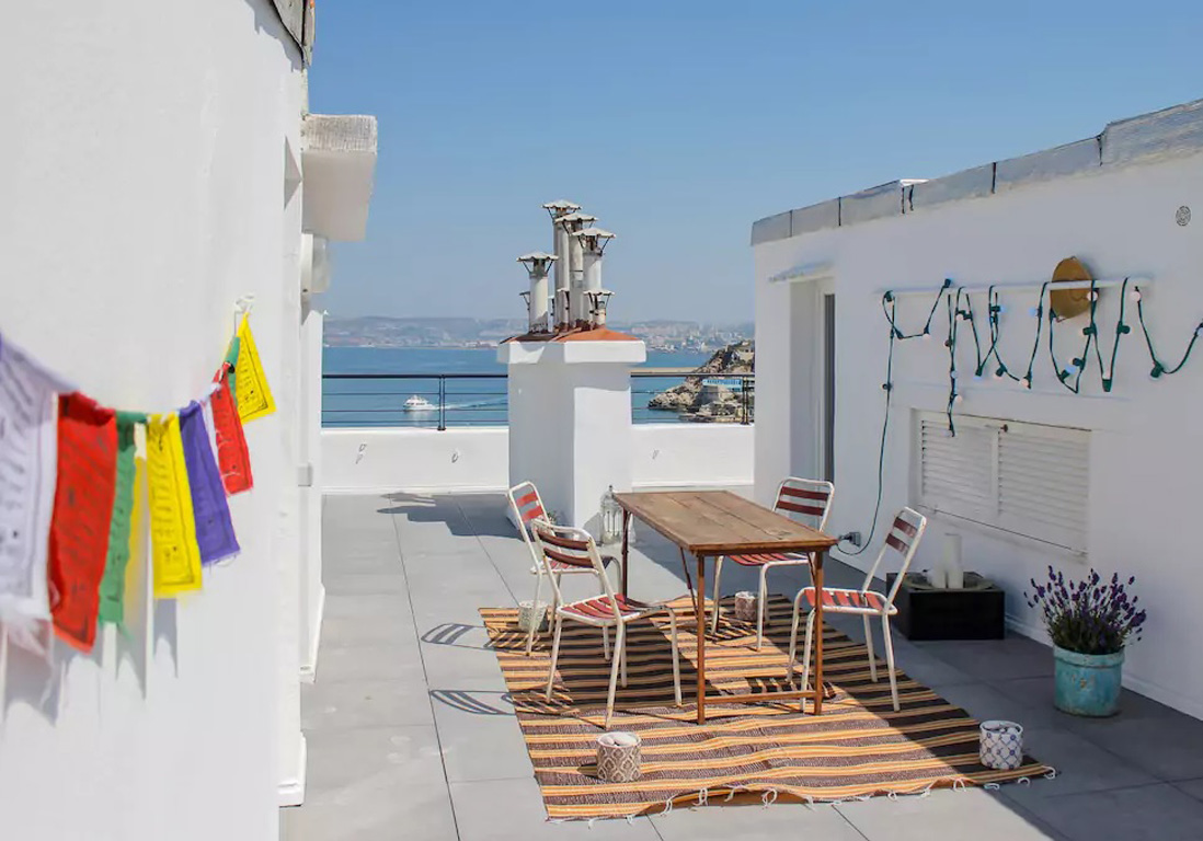 Appartement Toit Terrasse A Louer Marseille Airbnb Marseille 25 Villas Lofts Et Appartements De