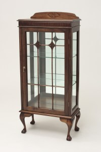 Antique Curio Cabinets | Antique Furniture