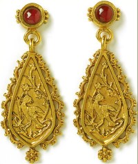 Indian earrings, garnet - Museum Shop Collection