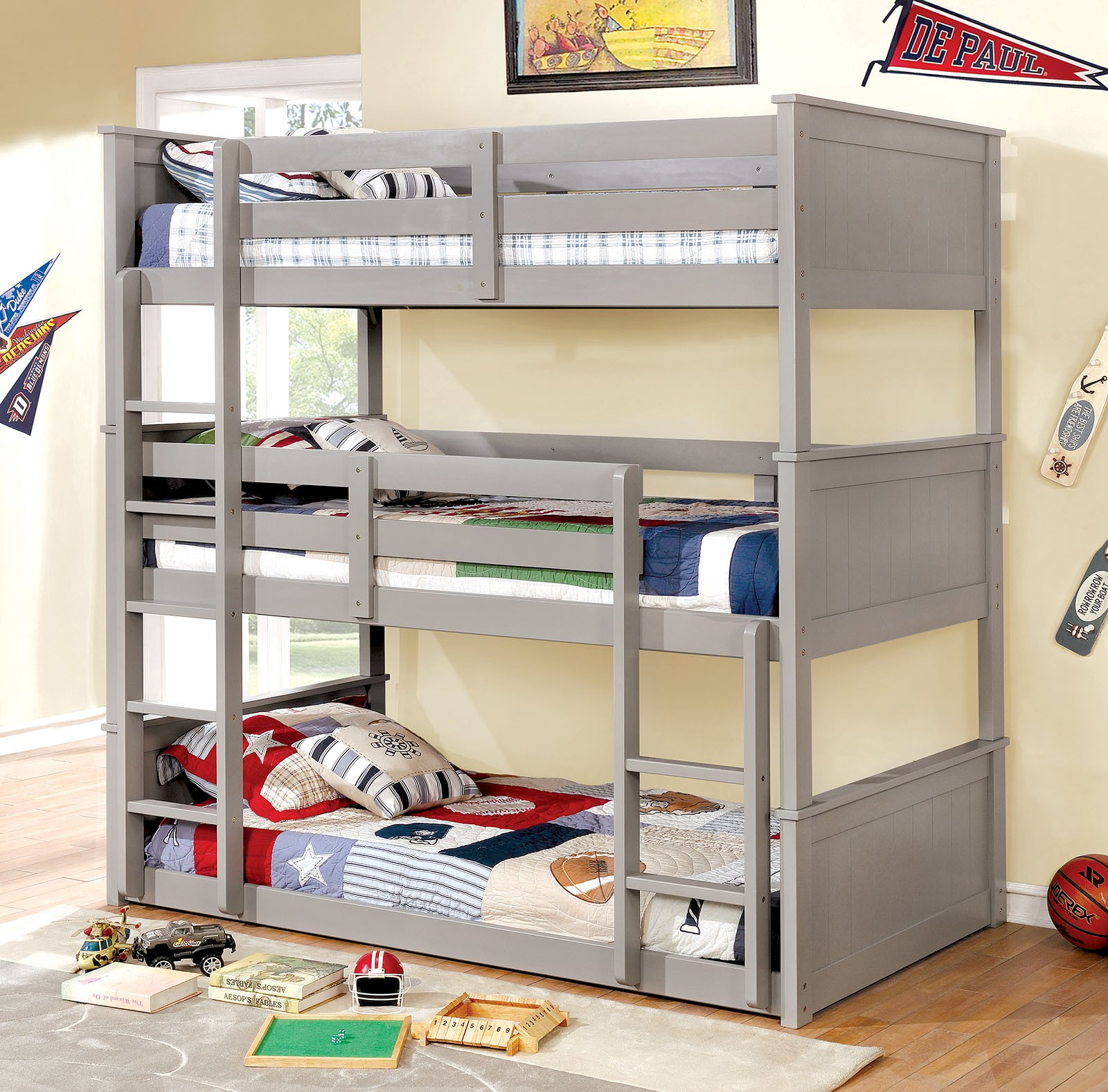 3 Twin Beds In The Space Of 1 3 Tier Beds The Bed Trend For Space Short Kid Plenty