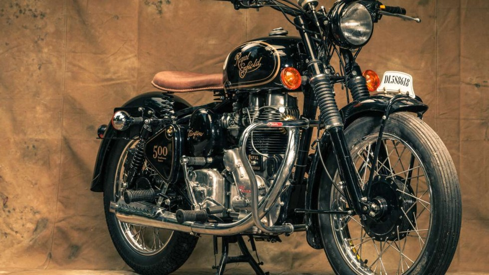 Bullet 350 Hd Wallpaper In Pictures Royal Enfield Motorbikes Lovingly Restored In