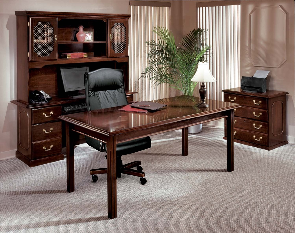 Classic Table Office Traditional Office Desks