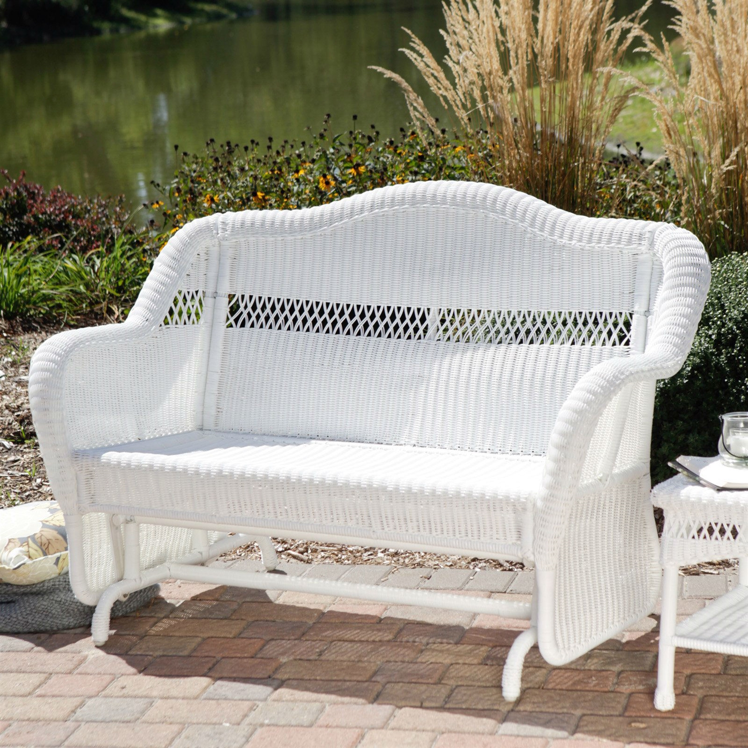 2 Person Rattan Love Sofa Set White Resin Wicker Outdoor 2 Seat Loveseat Glider Bench