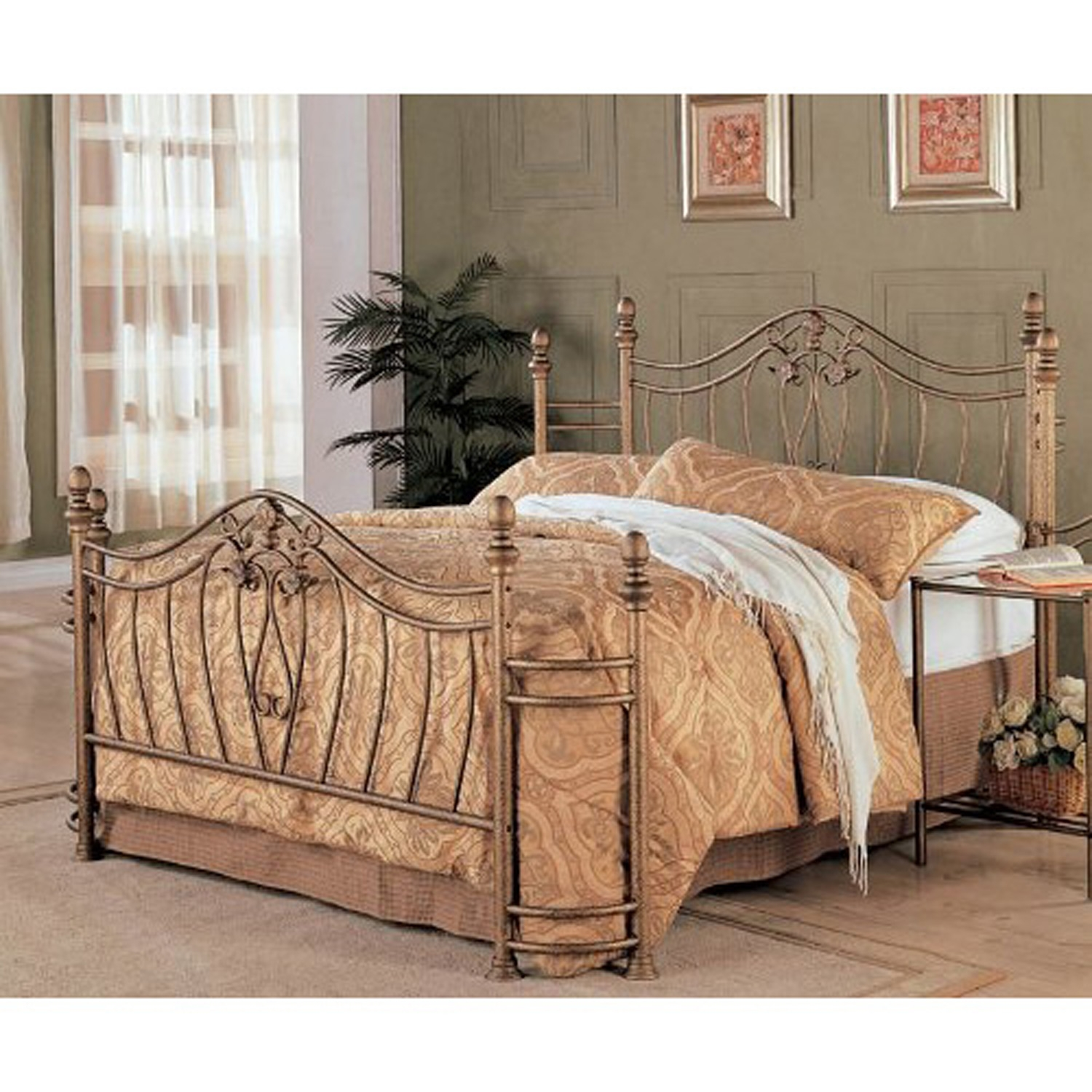 Metal Bed Headboards Queen Size Metal Bed With Headboard And Footboard In Antique Gold Finish