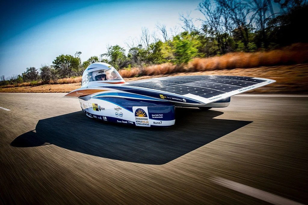Coolest Car In The World Wallpaper Solar Powered Cars Race Across The Australian Outback Kids