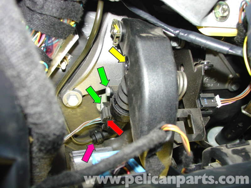 MINI Cooper Clutch Master and Slave Cylinder Replacement (R50/R52