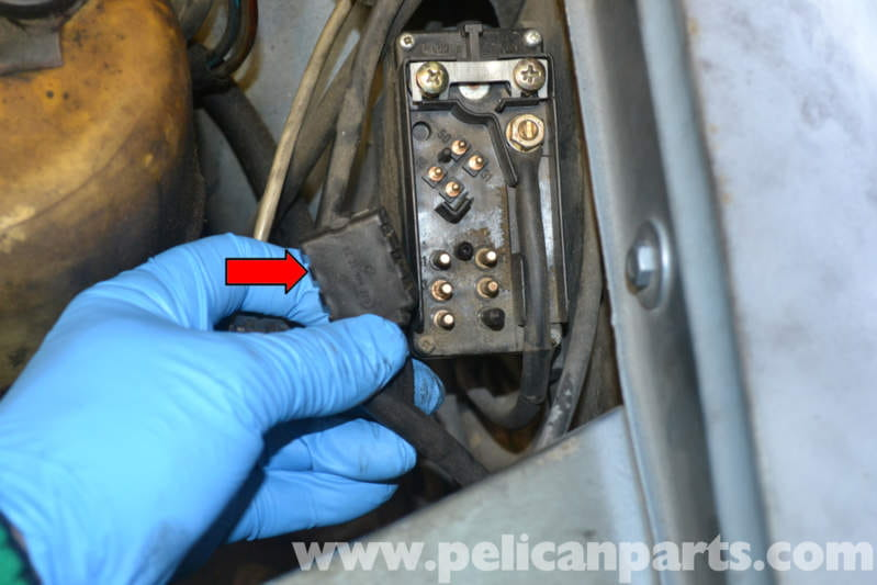 Mercedes-Benz W123 Glow Plug Relay Replacement 300TD 1977-1985