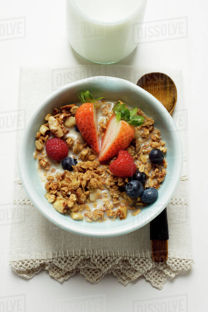Müsli Crunchy Crunchy Muesli With Berries And Milk In Cereal Bowl Stock Photo