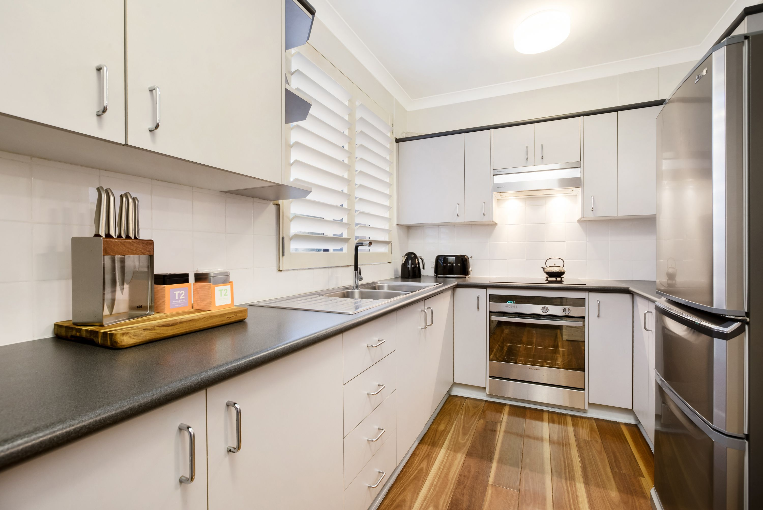Kitchens Drummoyne 7 54 58 Alexandra Street Drummoyne Nsw 2047 Sold Apartment