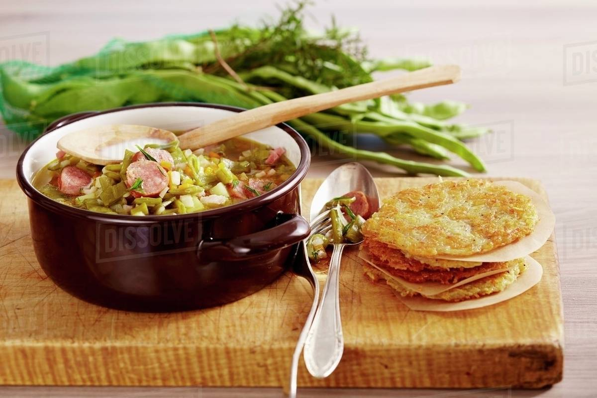 Cuisines Luxembourg Bouneschlupp Mit Gromperekichelcher Bean Soup With Potato Cakes Luxembourg Stock Photo