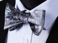 Grey with silver paisley pattern bow tie set. - Got Knot