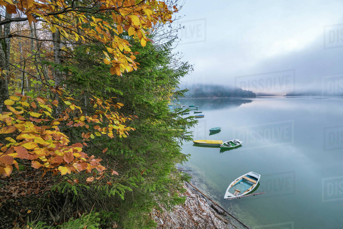 Bad Tölz Boats On Sylvenstein Lake In Autumn Bad Tolz Wolfratshausen District Bavaria Germany Europe Stock Photo