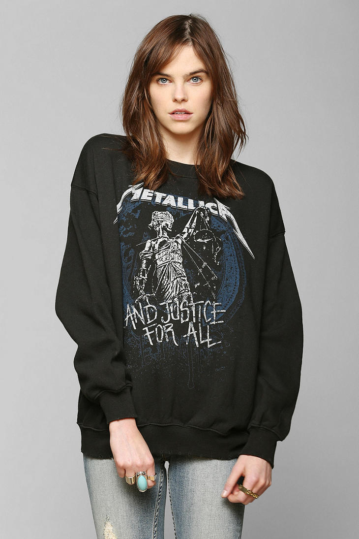 Pullover Velour Sweatshirt Urban Outfitters Metallica Graphic Pullover Sweatshirt In
