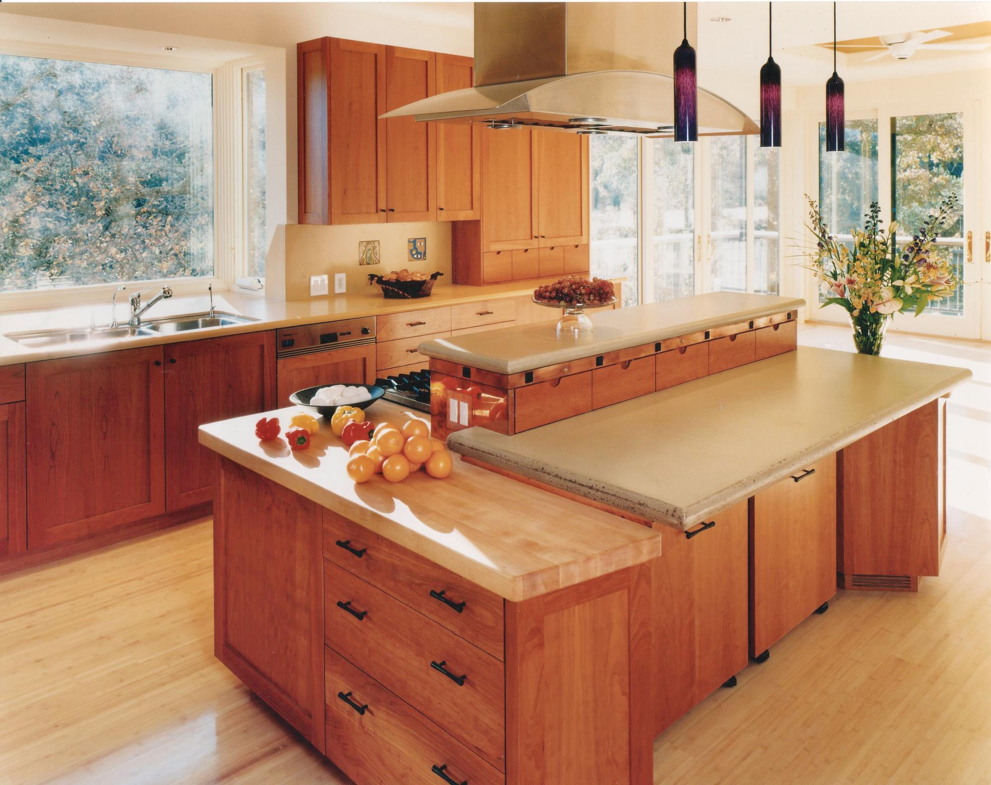 Universal Design Kitchen Cabinets Tailor Made Custom Storage Solutions For The Kitchen