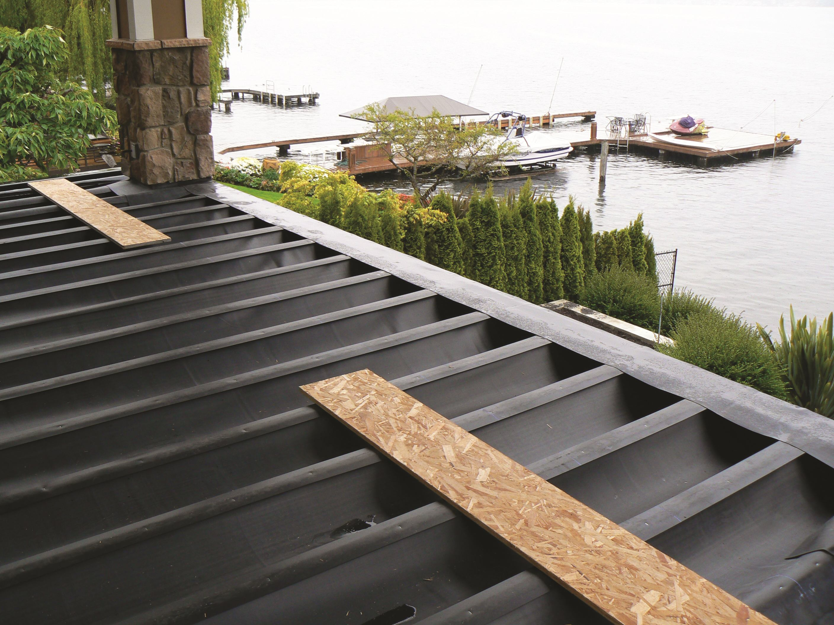 Diy Deck Waterproofing Concealed Deck Drainage Systems Builder Magazine
