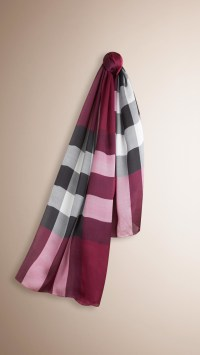 Burberry Check Silk Satin Scarf Plum in Red | Lyst